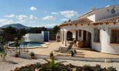 3 bedroom Javea villa with air-con in La Cala, Javea, near Alicante - click for more info