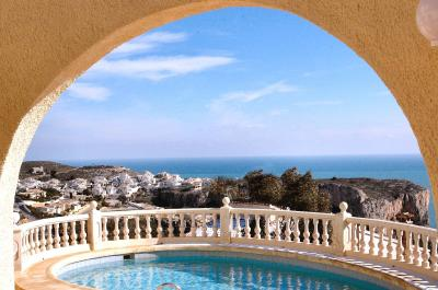 Click to see our 4 bedroom Javea villas for rent with wifi and pool
