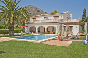 Casa Paulina - 5 bedroom Javea Villa rental with aircon and wifi in Javea, near Alicante, Costa Blanca