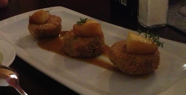 Breadcrumbed curried lamb with aprricot and a sweet sauce - Iberia Gastrobar in Javea - delicious